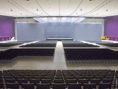 Town Hall Graz - portable gathering mechanisms 17x17m and mobile stage