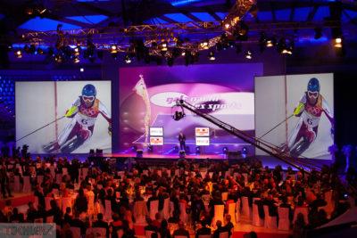Projektion Slalomfahrer_1000pix_80dpi