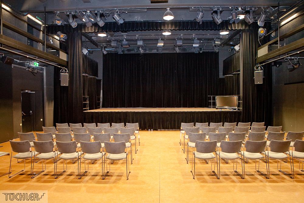 Bad_Radkersburg_Theater_Buehne_leer-8_1000pix_80dpi