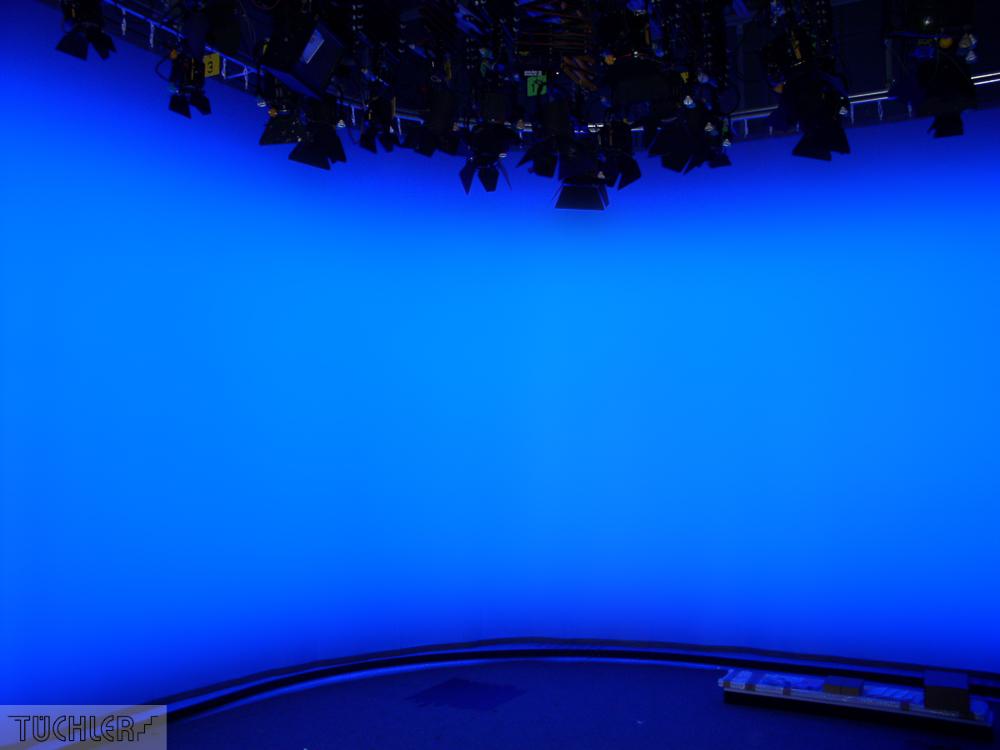 NDR_Dark_Pearl_TV_Hintergrund_LED-Diffusor_80dpi_1000pix