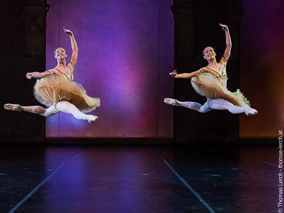 Intl. Ballet Days Vienna - portable sprung floor Manero Ultra Lite