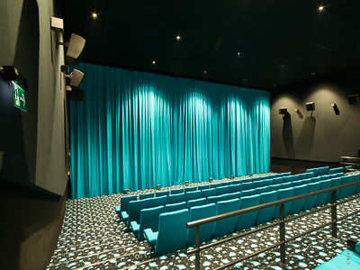 Masks, cinema curtains and drives - 1. Multiplex Cinestar Budweis