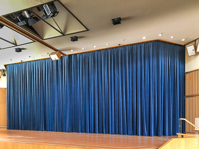 Bad Wörishofen: electric curtain track with stage curtain for the Kursaal