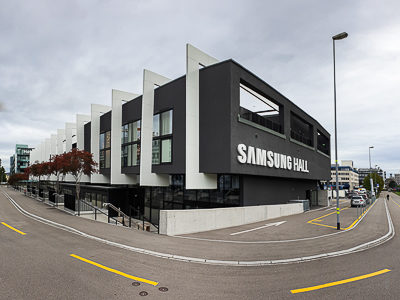 Rails, acoustic curtains and blackout curtains for Samsung Hall, Zurich