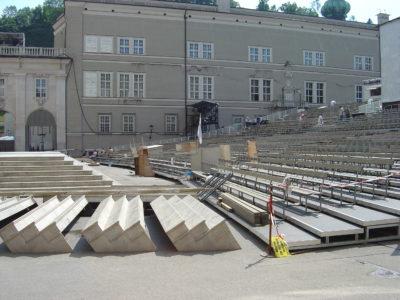 Jedermanntribüne am Domplatz, Salzburg