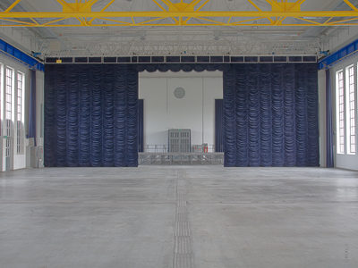 Gathering curtain as room-dividing curtain and main curtain for Alfred Fischer Halle, Hamm