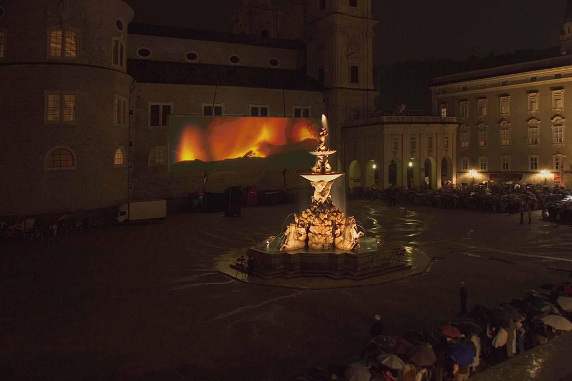 Projektionsflächen in Salzburg bei Tag und Nacht