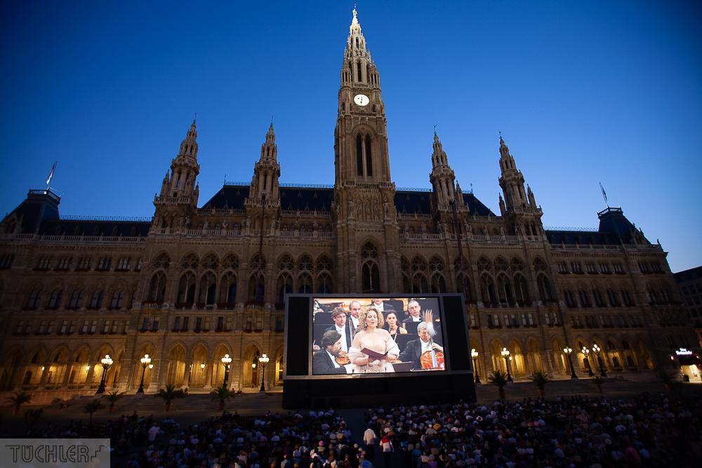 Filmfestival Wien, Projektionsleinwand
