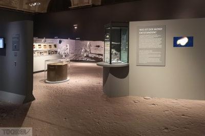 AT_Wien_NHM_Mondausstellung mit Mondboden Teil 2_102019_1000pix_80dpi