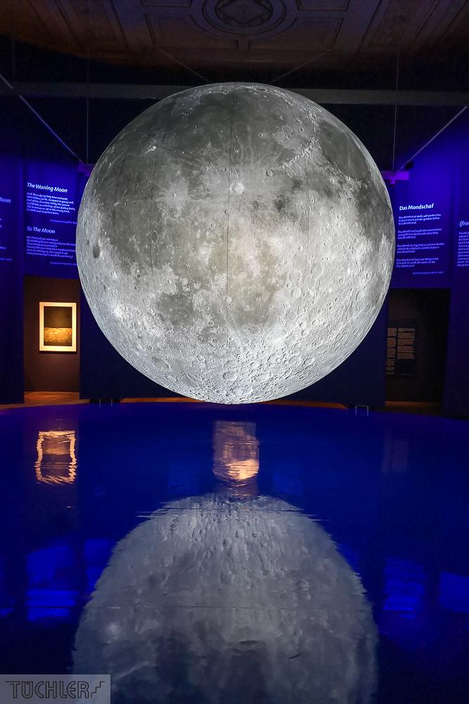 AT_Wien_NHM_Mondspiegelung mittig Ausschnitt_102019_1000pix_80dpi