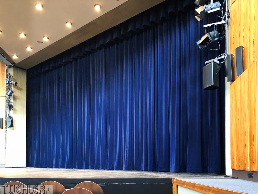 DE_Ratingen_Stadttheater_Hauptvorhang_Totale 2_80dpi_1000pix