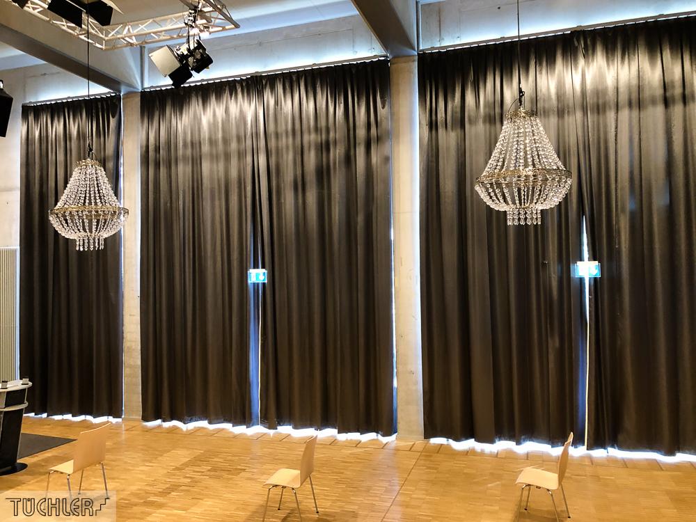 DE_München-Milbertshofen_Kulturhaus_Verdunkelungsvorhang_Ansicht 1