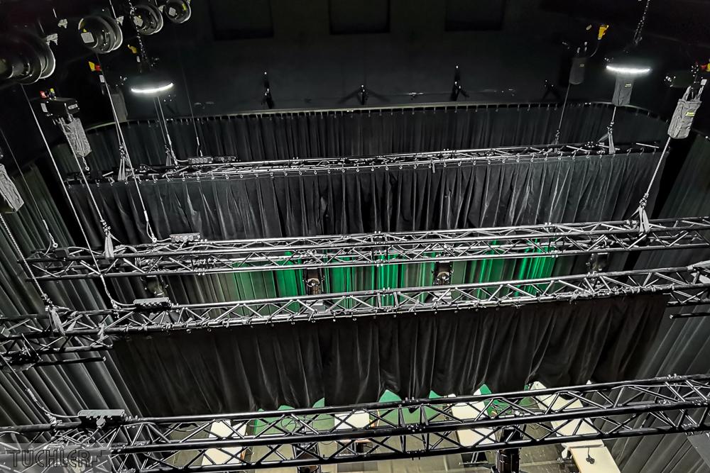 AT_Bludenz_Stadtsaal_Ansicht Bühne Bühnentechnik Kulissenzug_80dpi_1000pix